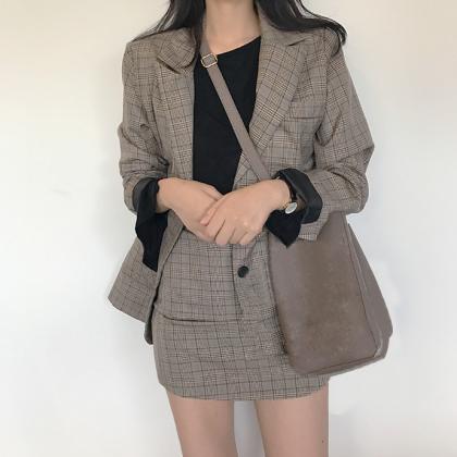 ビッグシルエットのジャケットがおしゃれなグレンチェックのスカートセットアップ 2色