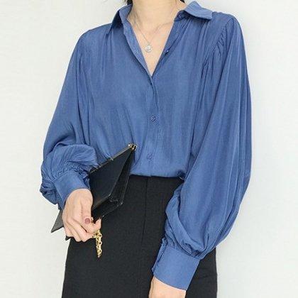 オフィスカジュアルや通勤にも バルーンスリーブがおしゃれな長袖とろみシャツトップス 3色
