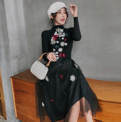 人気の海外デザイン 立体刺繍の花柄が個性的でかわいい長袖フレアロングワンピース 6色