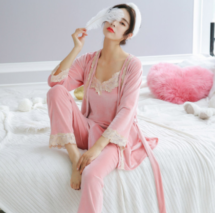 人気の海外デザイン 刺繍レースがかわいいガウン付き3点セットのおしゃれルームウェア パジャマ 5色
