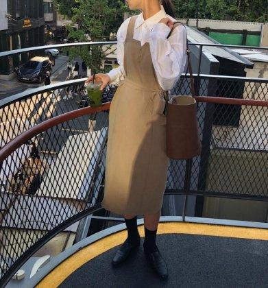 大人かわいいジャンパースカート カジュアルでおしゃれなミディアムワンピース 2色