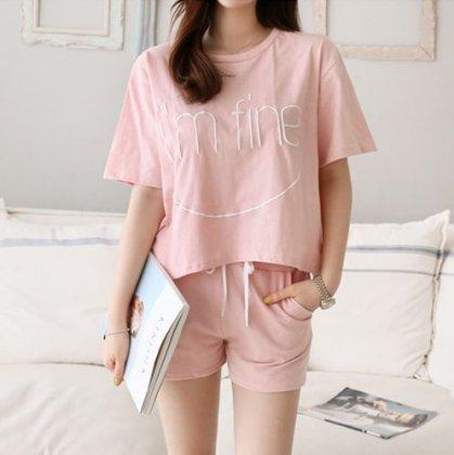 ルームウェアにもおすすめ プリント半袖Tシャツとショートパンツのセットアップ 2色
