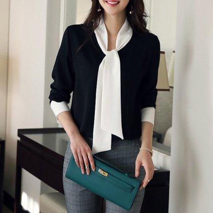 オフィスカジュアルや通勤におすすめ スタイリッシュなモノトーンの長袖きれいめトップス