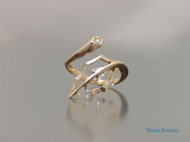 Leaf Ring<br>リーフ リング<br>(with Diamond)<br>