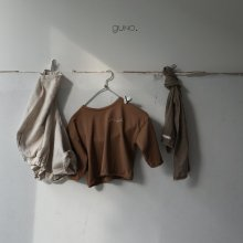 simple T<br>brown<br>『guno・』<br>18FW