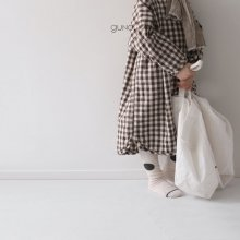 Kubo check ops<br>brown<br>『guno・』<br>19SS <br>定価<s>3,900円</s>