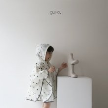guno's raincoat <br>ivory<br>『guno・』<br>19SS<img class='new_mark_img2' src='https://img.shop-pro.jp/img/new/icons13.gif' style='border:none;display:inline;margin:0px;padding:0px;width:auto;' />