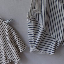 natural stripe T<br>navy<br>『 l'eau 』<br>19SS <br>定価<s>1,600円</s>