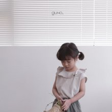 neck frill T<br>light gray<br>『guno・』<br>19SS <br>定価<s>1,800円</s>