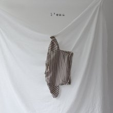 leau stripe T <br>beige<br>『 l'eau 』<br>19FW<img class='new_mark_img2' src='https://img.shop-pro.jp/img/new/icons13.gif' style='border:none;display:inline;margin:0px;padding:0px;width:auto;' />
