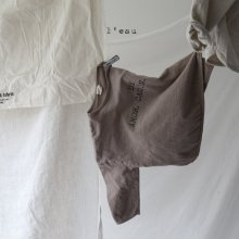 Amor T<br>brown<br>『 l'eau 』<br>19FW <br>S/M/L/XL>