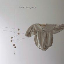 bebe maki button suit <br>muji beige<br>『bebe de guno・』<br>19FW <br>定価<s>3,900円</s><br>6/18M