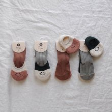 bebe smile socks set<br>2color<br>『Happy prince』 <br>19FW<img class='new_mark_img2' src='https://img.shop-pro.jp/img/new/icons13.gif' style='border:none;display:inline;margin:0px;padding:0px;width:auto;' />
