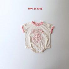 bebe another suit<br>red<br>『bebe de guno・』<br>20SS