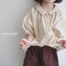 Daily Blouse<br>beige、white<br>『opening N』<br>20SS<img class='new_mark_img2' src='https://img.shop-pro.jp/img/new/icons13.gif' style='border:none;display:inline;margin:0px;padding:0px;width:auto;' />
