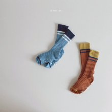 Modern Line Knee Socks<br>2 color 1 set<br>『 Hear I am 』