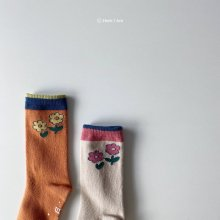 Modern Flora Knee Socks<br>2 color 1 set<br>『 Hear I am 』