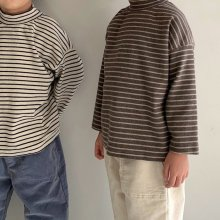 Stripe pola T<br>2 color<br>『Little Colli』<br>20FW 【PRE ORDER】<img class='new_mark_img2' src='https://img.shop-pro.jp/img/new/icons13.gif' style='border:none;display:inline;margin:0px;padding:0px;width:auto;' />