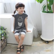 Love you Latte T/パンツ 上下セット<br>(charcoal) <s>定価2,880円</s><br><b>20%Off</b><img class='new_mark_img2' src='//img.shop-pro.jp/img/new/icons20.gif' style='border:none;display:inline;margin:0px;padding:0px;width:auto;' />