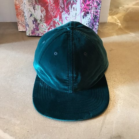 MAIDEN NOIR / Velvet Ball Cap - green