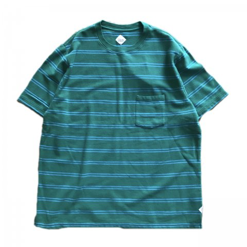<img class='new_mark_img1' src='//img.shop-pro.jp/img/new/icons3.gif' style='border:none;display:inline;margin:0px;padding:0px;width:auto;' />CORONA / KANOKO STRIPE POCKRT TEE - green × saxe