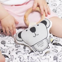 <img class='new_mark_img1' src='//img.shop-pro.jp/img/new/icons14.gif' style='border:none;display:inline;margin:0px;padding:0px;width:auto;' />babee&me  Organic Teething Toy-Koala オーガニックティージングトイ(歯固め)