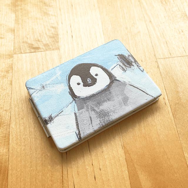 折りたたみミラー(オクムラミチヨ / ペンギン) 商品の様子