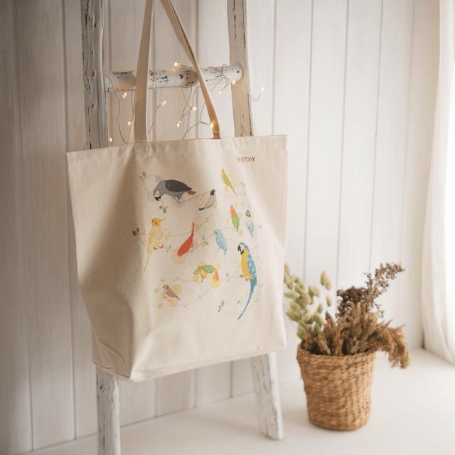 Natural Bird トートバッグ 商品の様子