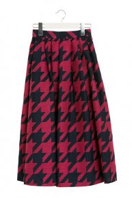 HOUNDSTOOTH TUCK SKIRT/magentapink<img class='new_mark_img2' src='https://img.shop-pro.jp/img/new/icons16.gif' style='border:none;display:inline;margin:0px;padding:0px;width:auto;' />