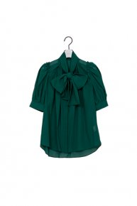 re stock : BIG RIBBON BLOUSE / green<img class='new_mark_img2' src='https://img.shop-pro.jp/img/new/icons53.gif' style='border:none;display:inline;margin:0px;padding:0px;width:auto;' />  </a> <span class=
