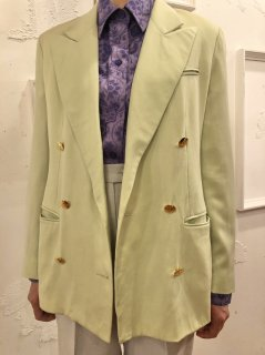 Vintage Pale Green Tailored Jacket<img class='new_mark_img2' src='https://img.shop-pro.jp/img/new/icons50.gif' style='border:none;display:inline;margin:0px;padding:0px;width:auto;' />
