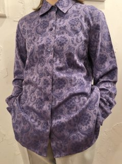 Vintage Floral Jacquard Shirt Purple<img class='new_mark_img2' src='https://img.shop-pro.jp/img/new/icons50.gif' style='border:none;display:inline;margin:0px;padding:0px;width:auto;' />