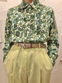 Vintage Green Paisley Print Corduroy Shirt S<img class='new_mark_img2' src='https://img.shop-pro.jp/img/new/icons50.gif' style='border:none;display:inline;margin:0px;padding:0px;width:auto;' />