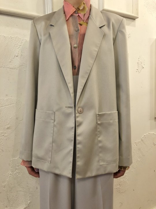 Vintage Light Gray Tailored Jacket M<img class='new_mark_img2' src='https://img.shop-pro.jp/img/new/icons50.gif' style='border:none;display:inline;margin:0px;padding:0px;width:auto;' />