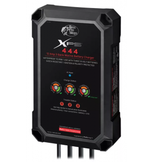 【バッテリーチャージャー】Bass Pro Shops XPS Extreme Performance Series Marine Battery Charger - 12 Amp 3 Bank